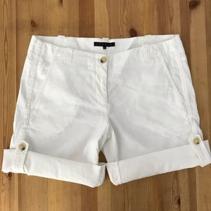 Theory 8 White Roll Tab Linen Bermuda Shorts